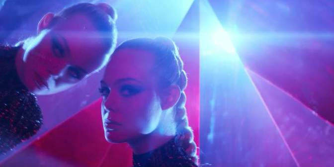 Nicolas Wind Refn's THE NEON DEMON – A Review by Frank Mengarelli