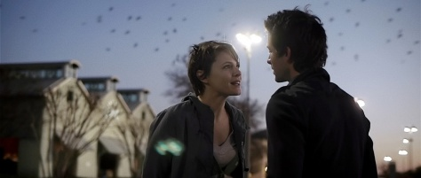 amy-seimetz-stars-as-kris-and-shane-carruth-stars-as-jeff-in-upstream-color-2013-movit-net_