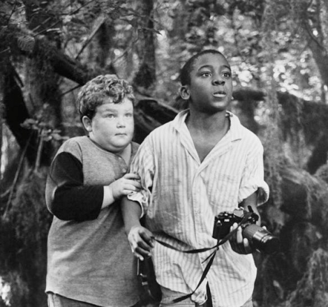"Actors Daniel Emery Taylor and RonReaco Lee on set for the movie ""The Return of Swamp Thing"" in 1989. (Photo by Michael Ochs Archives/Getty Images)"